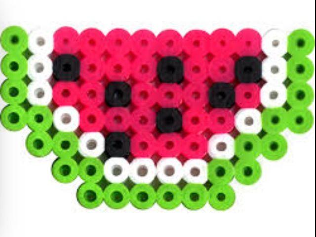 small perler bead watermelon pattern perler hama beads pinterest perler beads beads and. Black Bedroom Furniture Sets. Home Design Ideas