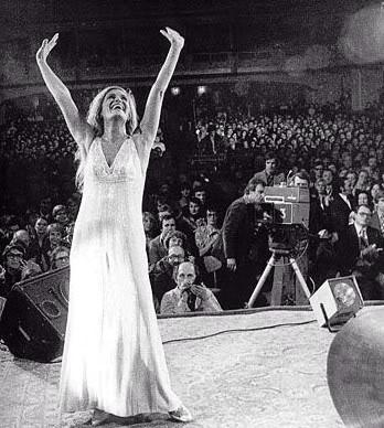 Dalida in Concert #rare #celebrity #images #photos