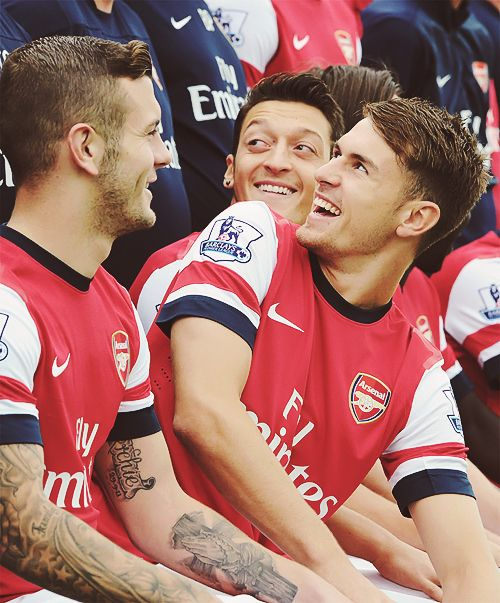 Aaron Ramsey & Mesut Özil OK OK Aaaron doesn't have a beard in this but my GOD he is too fit!!!!!