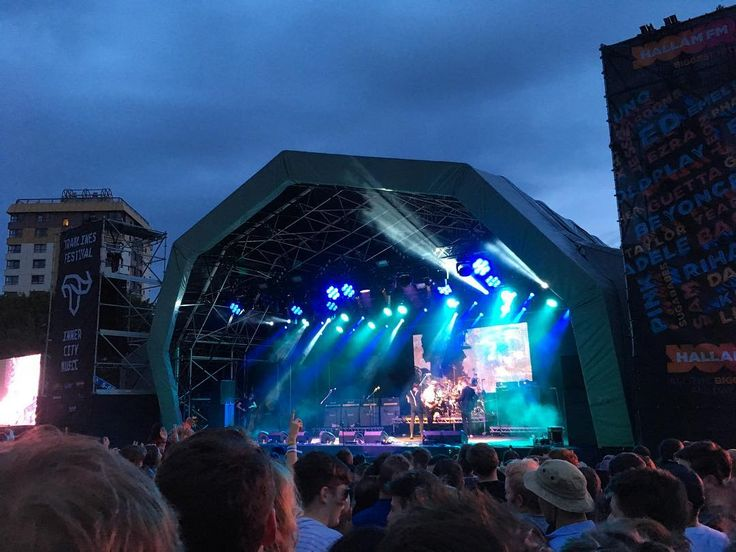 Top first night @tramlines finished up with The Libertines. Round 2 coming up...