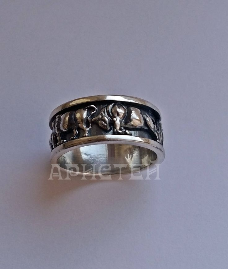"Ring ""Bulls"" by ARISTEY on Etsy"