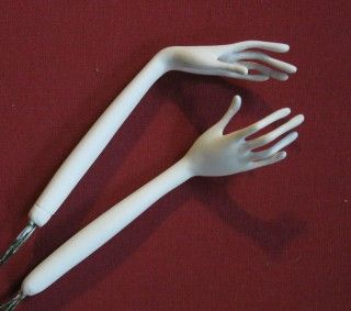 Tutorials: How to Make a Poseable Hand. Thin but strong.