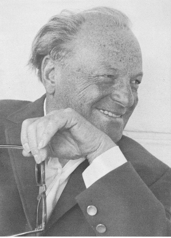 """- Robert S. Hartman (1910-1973. Filósofo de origen alemán cuyo principal campo de estudio fue la axiología (ciencia de los valores). Profesor investigador de filosofía en la  Universidad Nacional Autónoma de México desde 1957, y en la Universidad de Tennessee, Estados Unidos, desde 1968. En 1973 fue nominado para el Premio Nobel de la Paz. El objetivo de toda su vida fue responder a la pregunta, """"¿Qué es el bien?"""""""