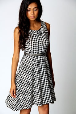 how cute is this dress!