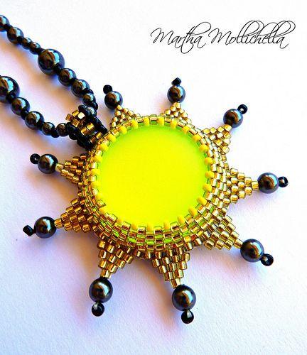 sun pendant ciondolo sole perle ematite chiusura oro - Lacasinaditobia Lacasinaditobia