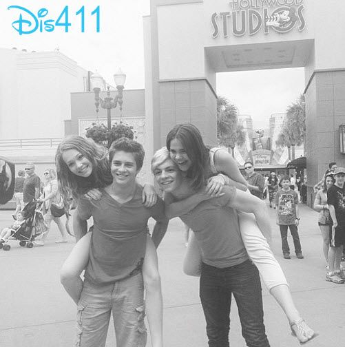 Photo: Maia Mitchell, Ross Lynch, Billy Unger And Kelli Berglund At Disney's Hollywood Studios