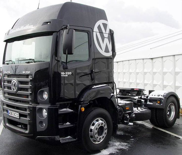vw constellation titan tractor trucks pinterest d constellations and autos. Black Bedroom Furniture Sets. Home Design Ideas
