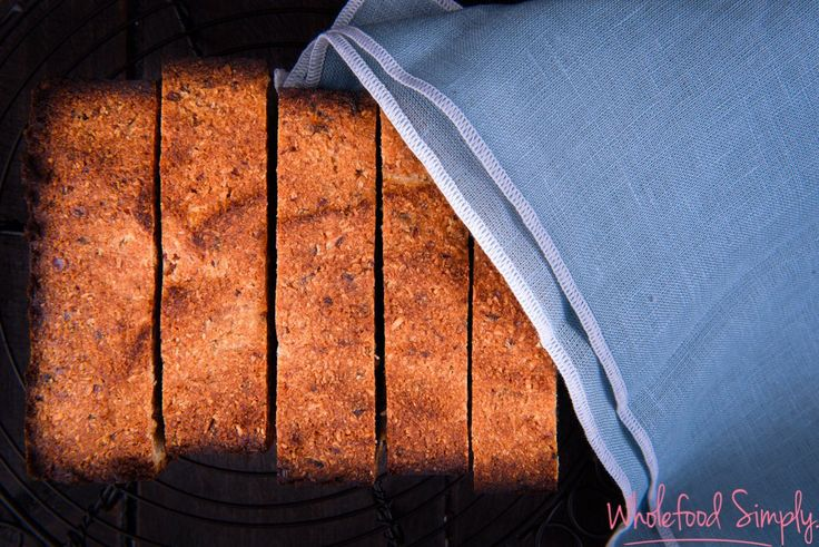4 Ingredient Banana Bread.  So simple and delicious!  Free from gluten, grains, dairy, eggs and refined sugar.  Enjoy!