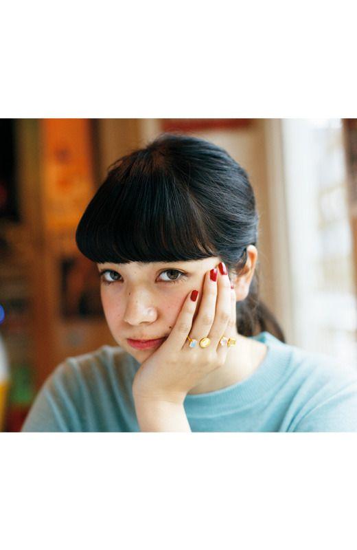 """小松菜奈 Nana Komatsu  Blushing cheeks and long bangs scream, """"cute!"""""""