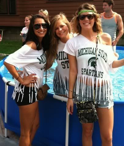 DIY tailgating, DIY tailgate fashion, michigan state, michigan state tailgating  ...except MICHIGAN.. not state.