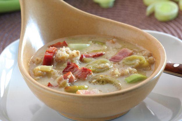 Zupa z porów z kaszą jęczmienną
