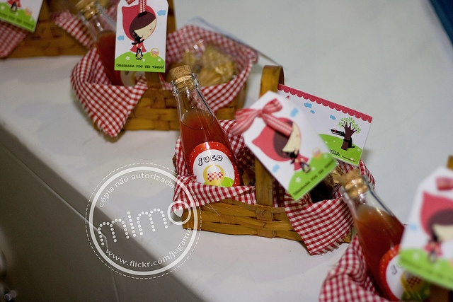 how cute for a little red riding hood birthday !