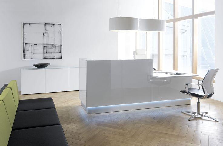 White Linea reception desk