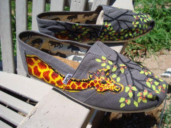 : Giraffes Desginhand, Painting Tom, Tom Shoesmad, Shoese Mad, Desgins Hands Painting, Giraffes Tom, Custom Painting, Giraffes Painting, Originals Giraffes