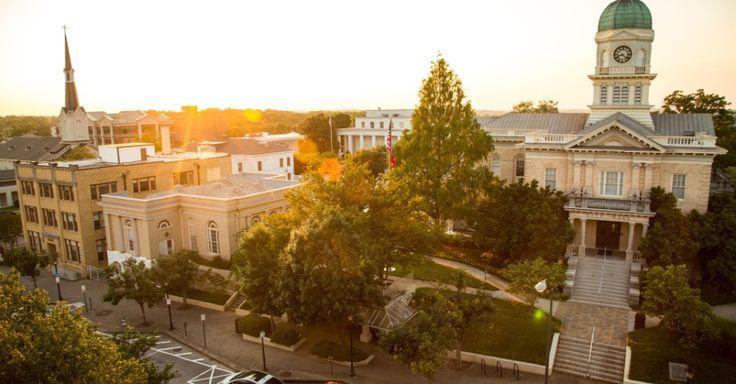 Athens, na Geórgia, é conhecida como o berço do rock alternativo e a melhor cidade universitária dos EUA