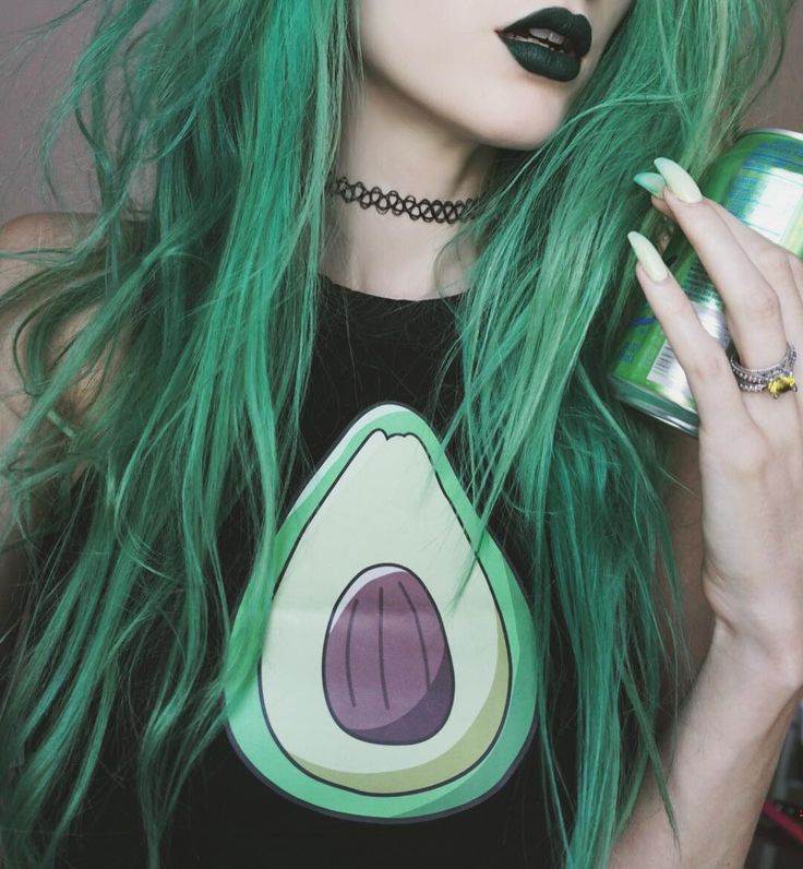 Девушка с зелеными волосами картинки