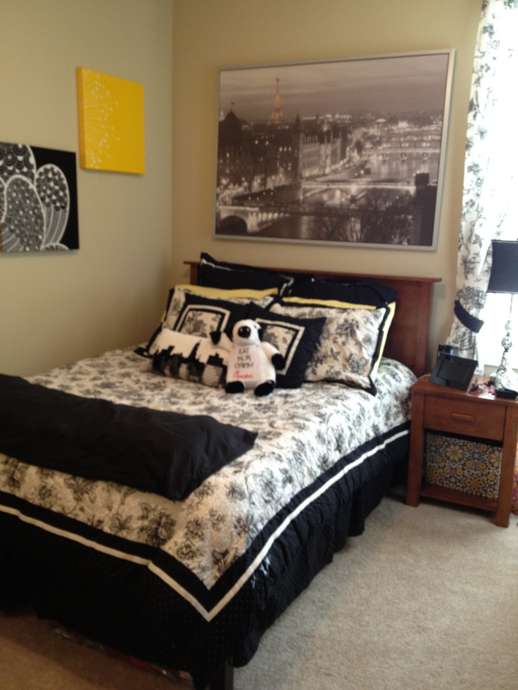 College Apartment Bedroom Decorating Ideas college bedrooms. college apartment bedroom #stringlights