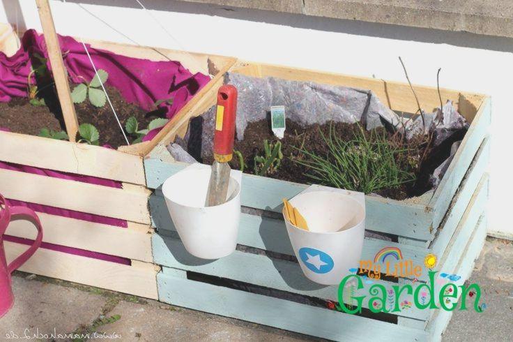 Zum Nachmachen Ein Diy Hochbeet Fur Kinder In 5 Minuten Gebaut Backyard For Kids Diy Garden Projects Garden Projects
