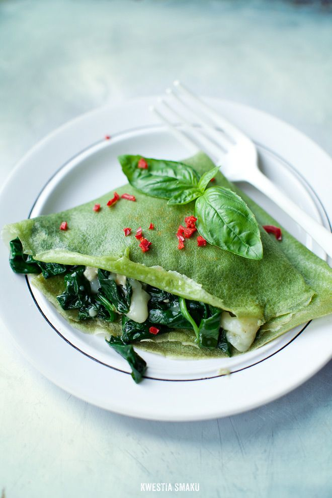Basil Crepes with Spinach and Goat's Cheese