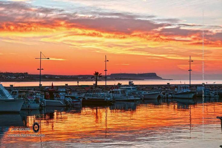 #sunrise#today#ayianapa#harbour#paradise#island#bestshot#sky#boat#nikon#tamron#cyprus#