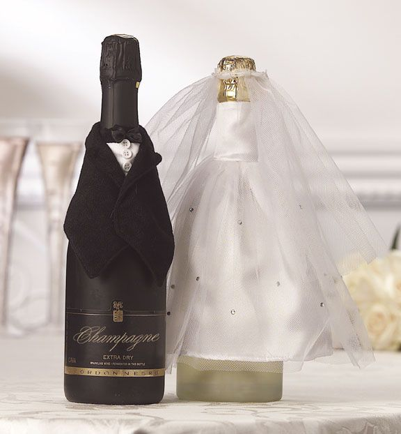 Bride and Groom Wine Bottle Covers   bowling pin crafts ...