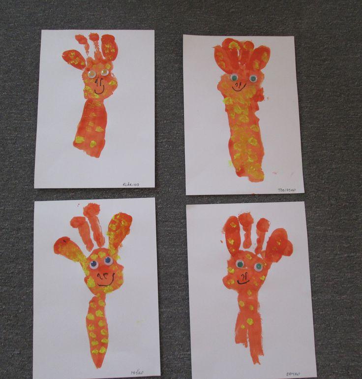 Žirafa - odtláčanie ruky
