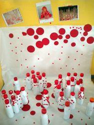 """""""PEQUEÑOS KUSAMAS"""" Raquel nos muestra una experiencia con niños y niñas de 2-3 años sobre la obra de Yayoi Kusama. Acercarse a su obra al aula nos llena de múltiples y bonitas experiencias"""