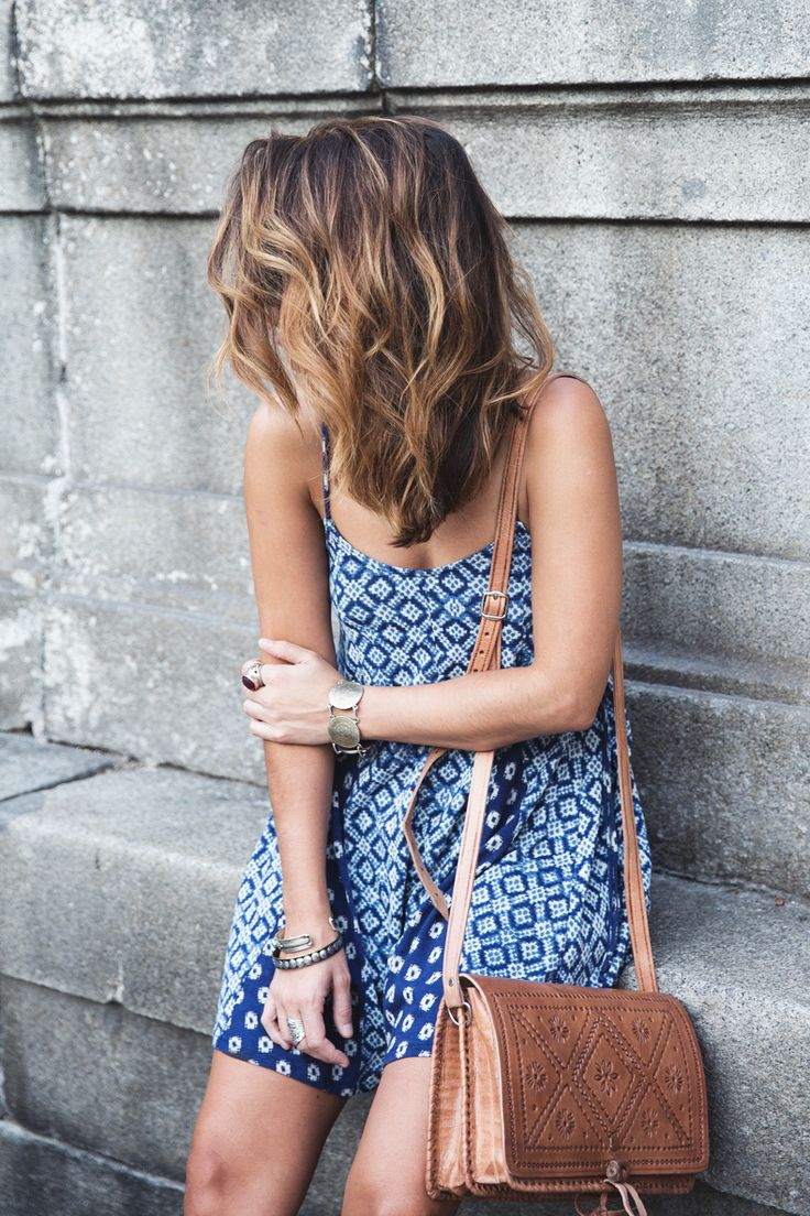 Hair blue and white pattern dress summer casual