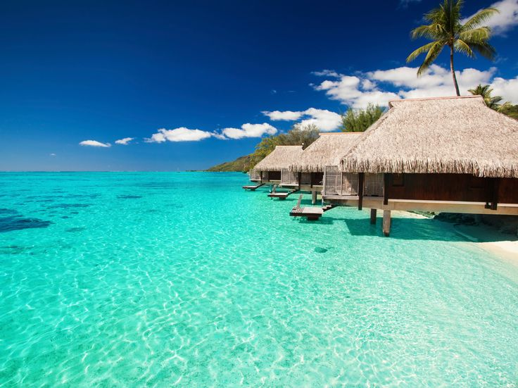 50 Best Places to Honeymoon in 2015 | Photo by: Thinkstock | TheKnot.com