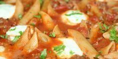 Super nem opskrift på en skøn italiensk pastaret med hakket oksekød og tomatsauce samt mozzarella eller ricotta på toppen.