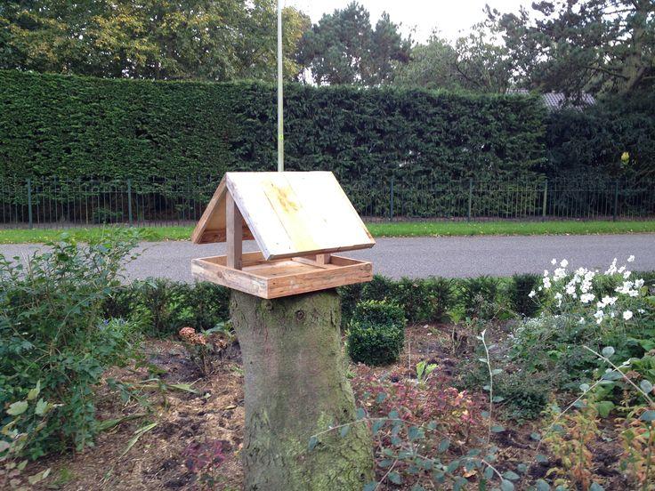 Vogelhuisje van sloophout