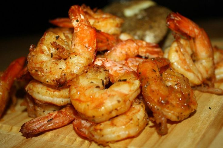Fiery Shrimp (Actifry): Marinate shrimp in suggested ingredients for a few hours, then toss in Actifry for 10 minutes.