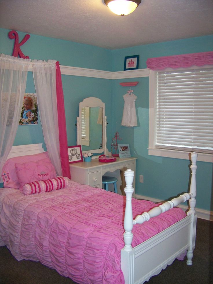 Turquoise and pink girl princess room kennedy 39 s room pinterest turquoise at the top and - Girl bed room ...