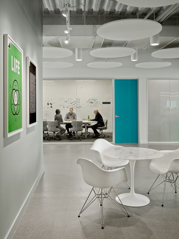 Breakout conference room and informal meeting area evernote design and standard studio interiors