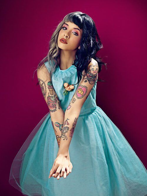"""chasing after you is like a fairytale""-Melanie Martinez"