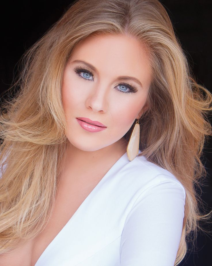 Miss Mississippi from Miss America 2016: Meet the Contestants! Hannah Roberts