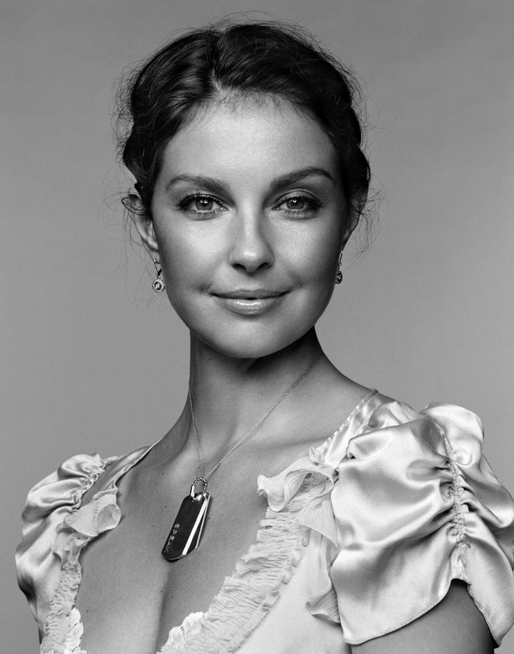 Ashley Judd, one of my favourites, a lovely woman.