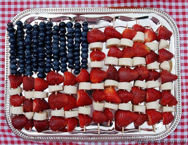 fruit: Fruit Kabobs, Food, 4Th Of July, Holidays, Parties Ideas, Fruit Art, Fruit Ideas, Fruit Skewers, Flags Fruit
