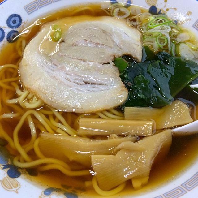 山田うどん 350 - 16件のもぐもぐ - 醤油ラーメン by OriyukiaiO