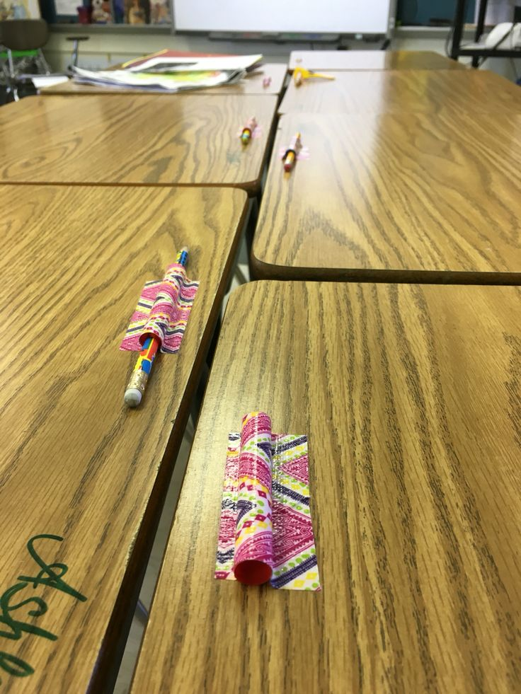 Totally brilliant idea from a fellow #teacher cut straws and duck tape them to…