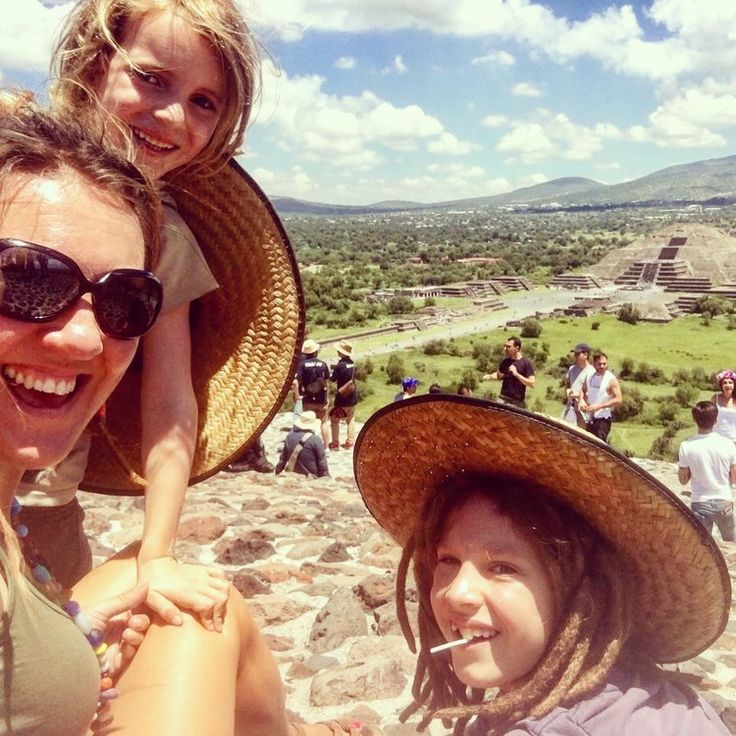 Mexico City (Ciudad de Mexico) with kids. Teotihuacan, wrestling and Frida Khalo