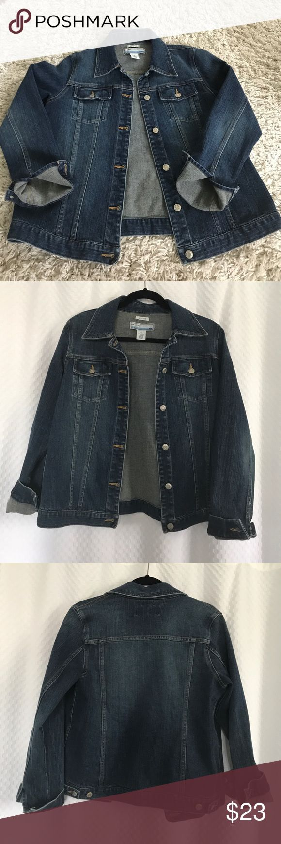 Old Navy Maternity Jean Jacket Pristine! Like New!! Old Navy Maternity Denim Jacket. Five buttons, medium blue wash. Sleeves are cuffed in the photos but they are full length with a button closure. Size Medium. From a smoke free home! Old Navy Jackets & Coats Jean Jackets