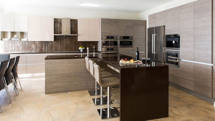 After dealing with a poorly designed kitchen for more than 15 years, the Kumets family brought in Cantoni design consultant George Saba to transform their space into one that was open, contemporary and ergonomically efficient.