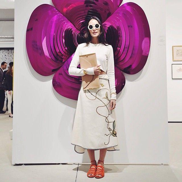 Photo from VOGUEMEXICO instagram, of Jenny Lopez stunning outfit at the ART miami, wearing #noralozza #aquazurra, #artseemiami #olgapiedraita