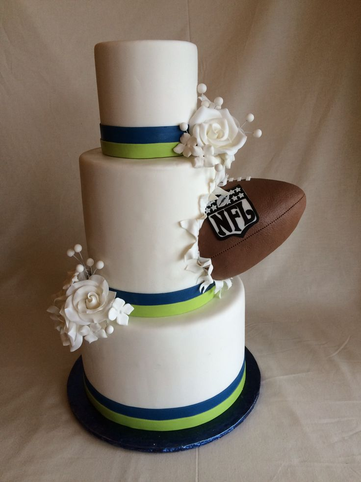 football wedding cake ideas 265 best wedding ideas nfl football wedding theme images 14398