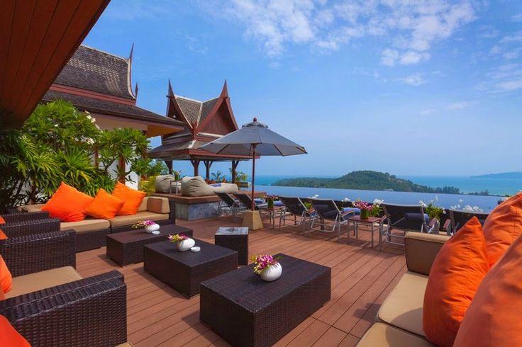 This stylish Teak Wood outside-sala of Villa Baan Phu Prana will make you sun satisfied in no time.