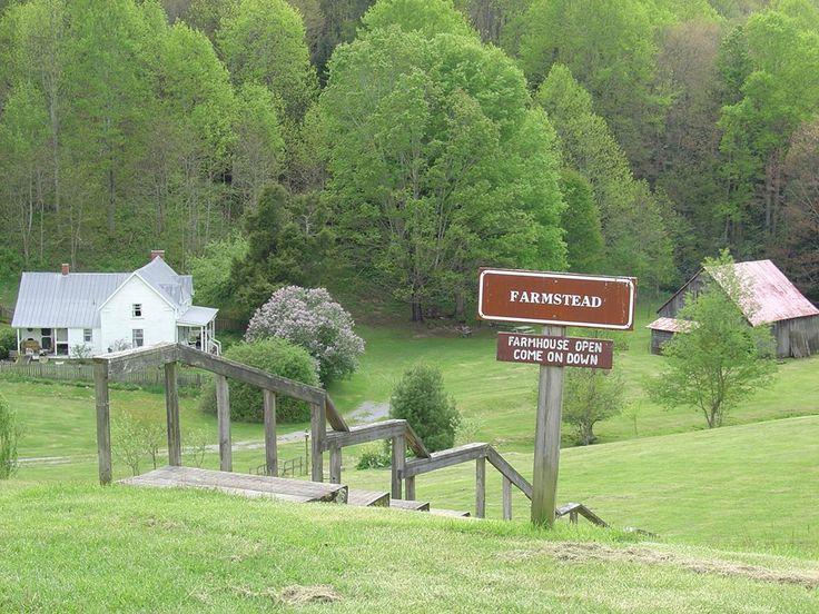 42 best farmhouses images on pinterest farmhouse decor for Tnstateparks com cabins