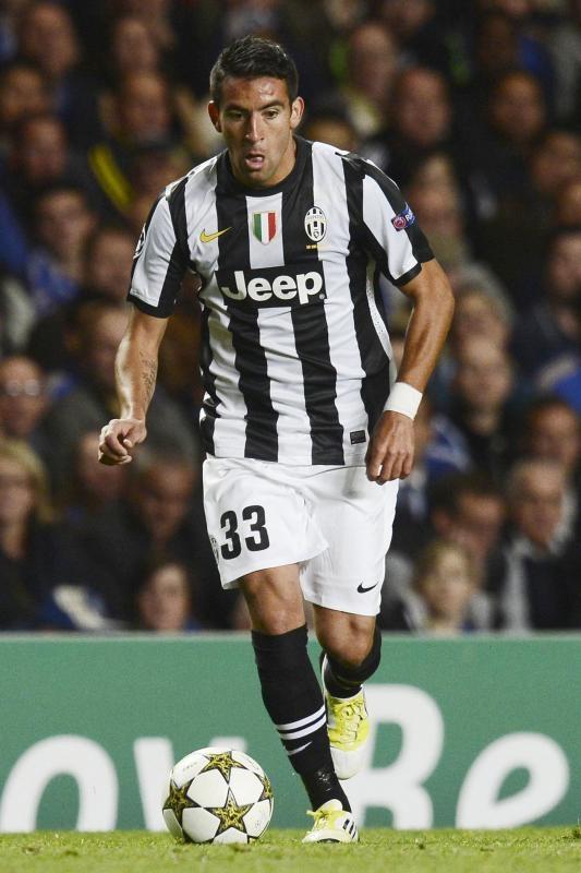 Mauricio Isla (Chile) con la Juventus