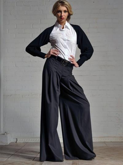 Юбка или брюки на женщине