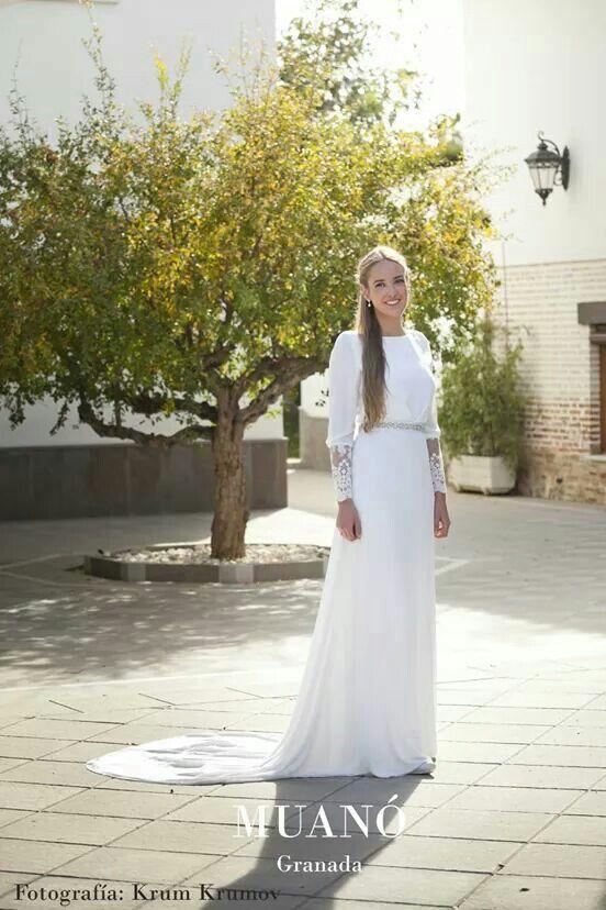Vestido de novia Muanó. Fotografía krum krumov
